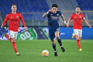 An agreement with Mikel Arteta could see Hector Bellerin leaving Arsenal this summer, but not for Paris Saint-Germain, according to a report.