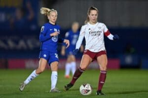 Arsenal women or Manchester United? Race for Champions League hots up