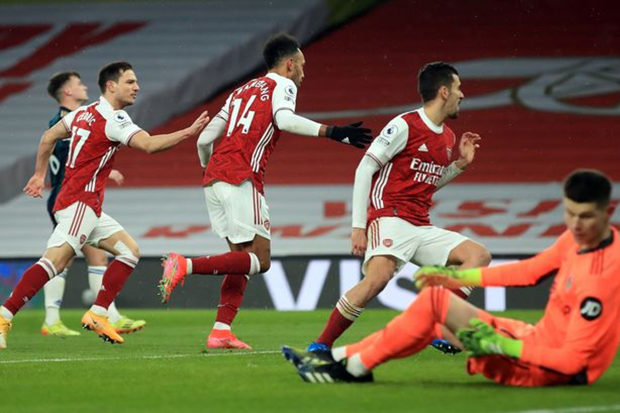 Video: Official highlights and goals from Arsenal's six-goal thriller with Leeds