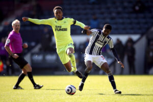Joe Willock and Ainsley Maitland-Niles battle it out in loan derby