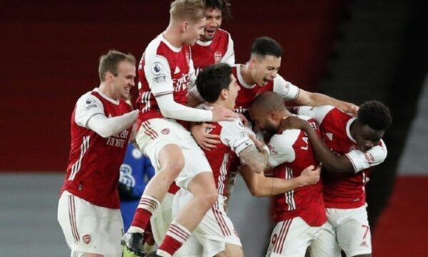 Mikel Arteta admits Arsenal star was in 'discomfort' but injury does not look 'significant' in encouraging news for Gunners