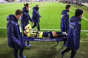 Mesut Ozil stretchered off as nightmare since Arsenal exit to Fenerbahce continues with injury