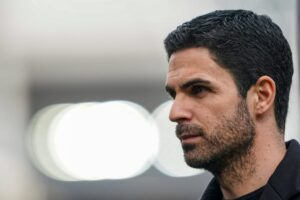 """Mikel Arteta: """"In football, one day you have a style, the next day you are s**t."""""""