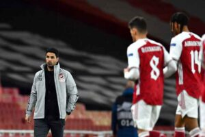 Arteta is quizzed on the similarities between Ozil and Auba form after contracts