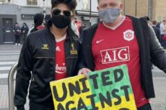 """""""United against greed"""" Man United and Liverpool fans join Arsenal supporters in their protest against Stan Kroenke this evening"""